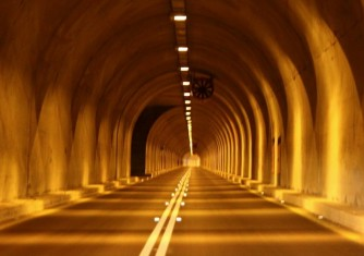 tunnel-road